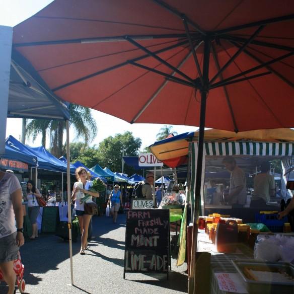 Davies Park market