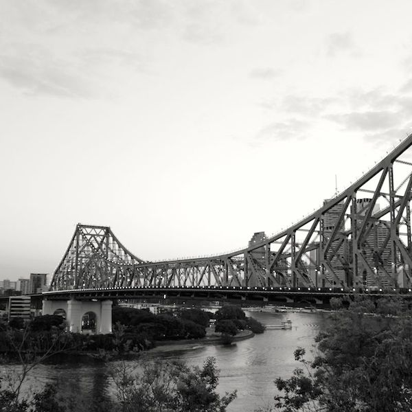 The infamous Story Bridge connecting the banks of the Brisbane River