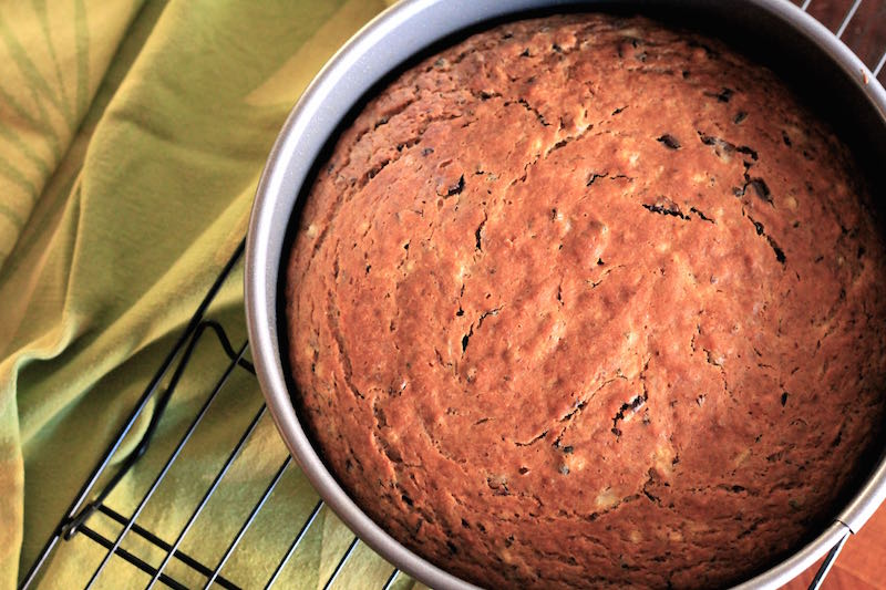 banana-and-cacao-nib-cake-cooked