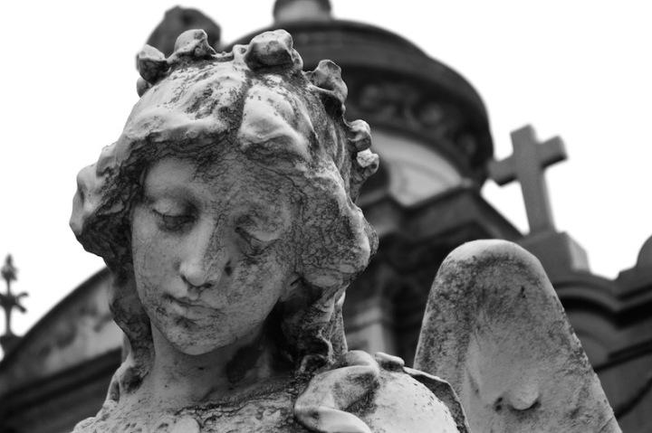 statue-in-recoleta-cemetery-buenos-aires