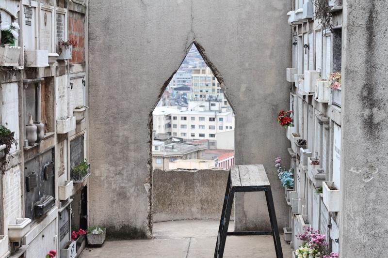 Cemetery on the hill, Valparaiso