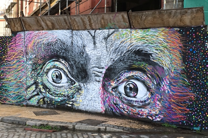 Eyes_Mural_possibly_by_Charquipunk_Valparaiso