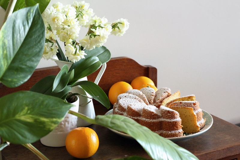A cake for spring - Orange & Cardamom Yoghurt Cake